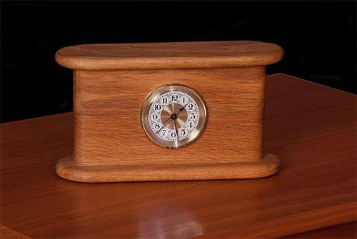 bobbin clock
